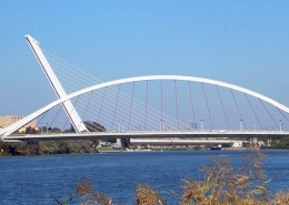 Puente Barqueta. Ruta en bici